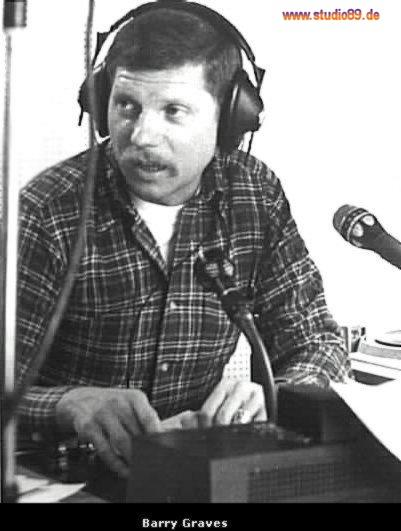 Barry Graves am Mikrofon